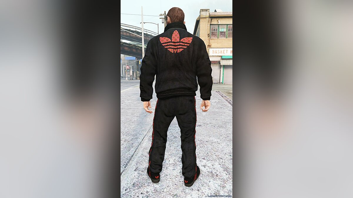 Куртка или костюм Adidas with checkered logo для GTA 4