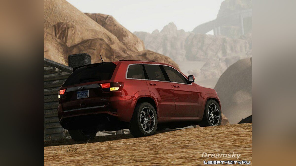 Jeep Grand Cherokee SRT8 2012 для GTA 4