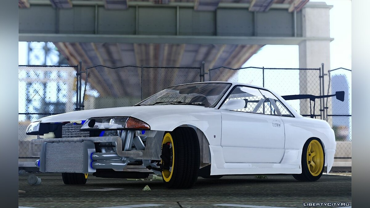 Nissan Skyline R32 FST Drift Korch для GTA 4