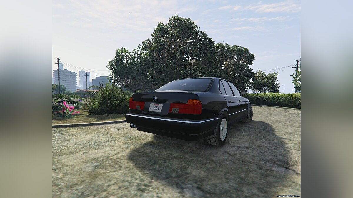 BMW 7-er E32 [Add-On Replace] 1.1 для GTA 5 - скриншот #4
