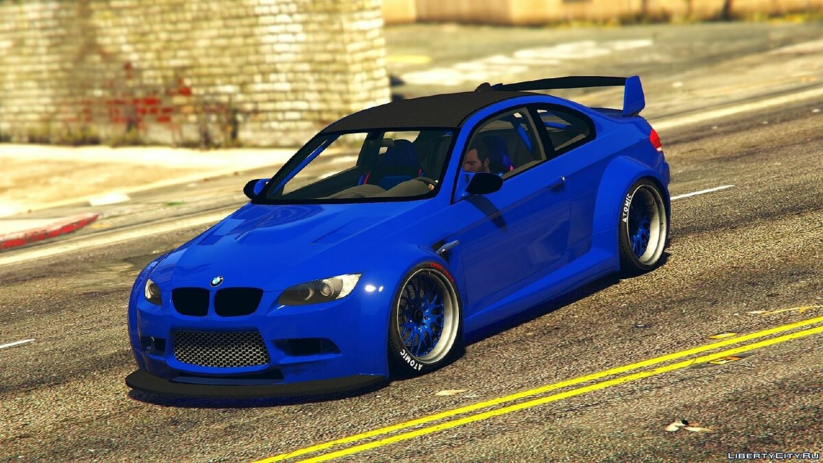 BMW M3 (E92) WideBody для GTA 5 - скриншот #5