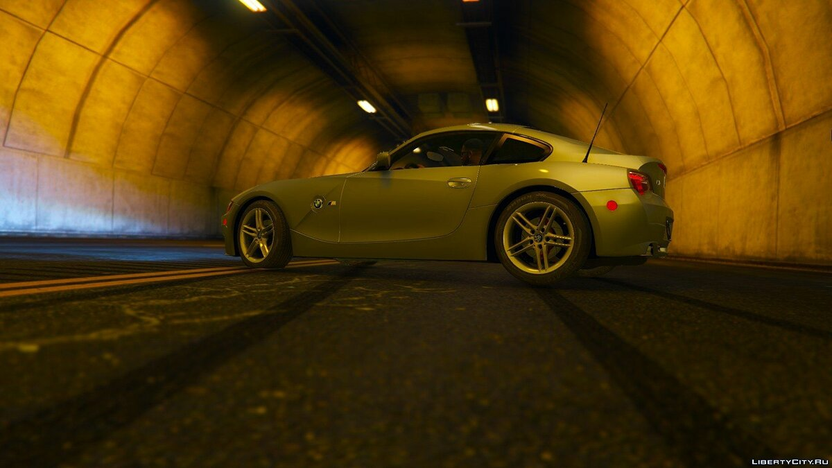 BMW Z4M Coupe 2008 для GTA 5 - скриншот #6
