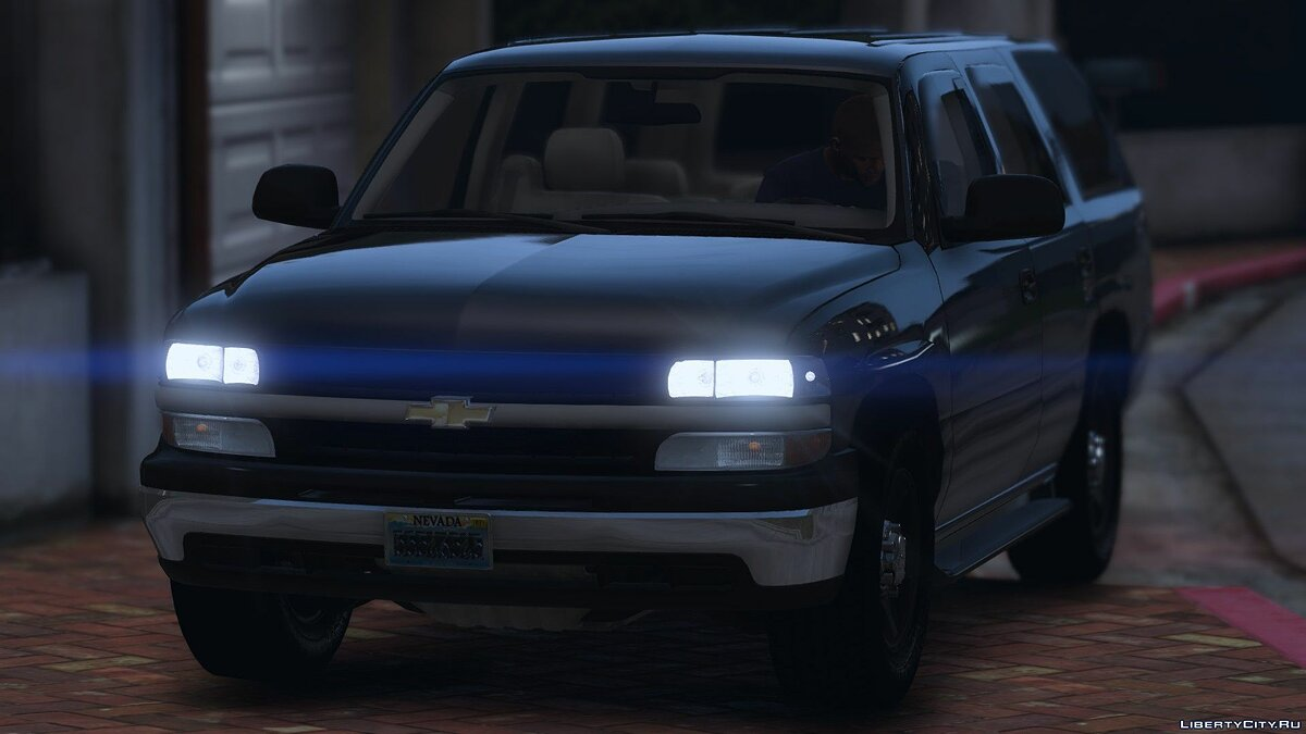 2006 Chevy Silverado Suburban [Replace] 1.0 для GTA 5 - скриншот #2
