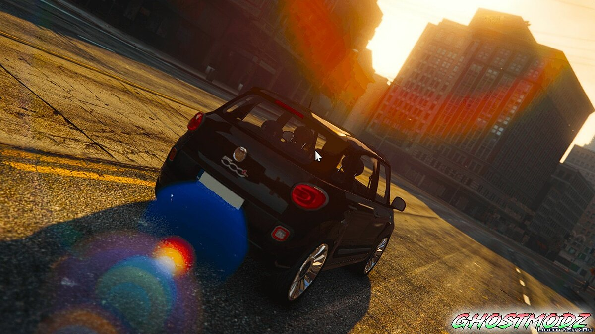 Машина Fiat Fiat 500L [Add-On / Replace / FiveM] 1.0 для GTA 5