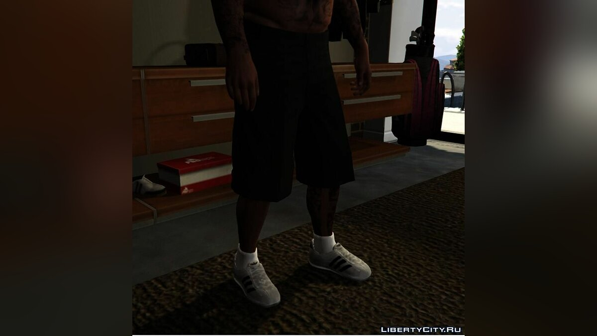 ��бувь и перчатки Adidas Originals Superstar для GTA 5