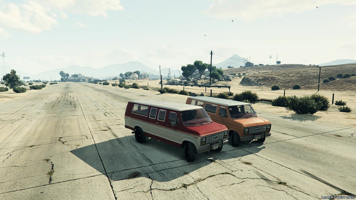 1982 Ford Ecoline Club Wagon E-350 XLT для GTA 5 - скриншот #3