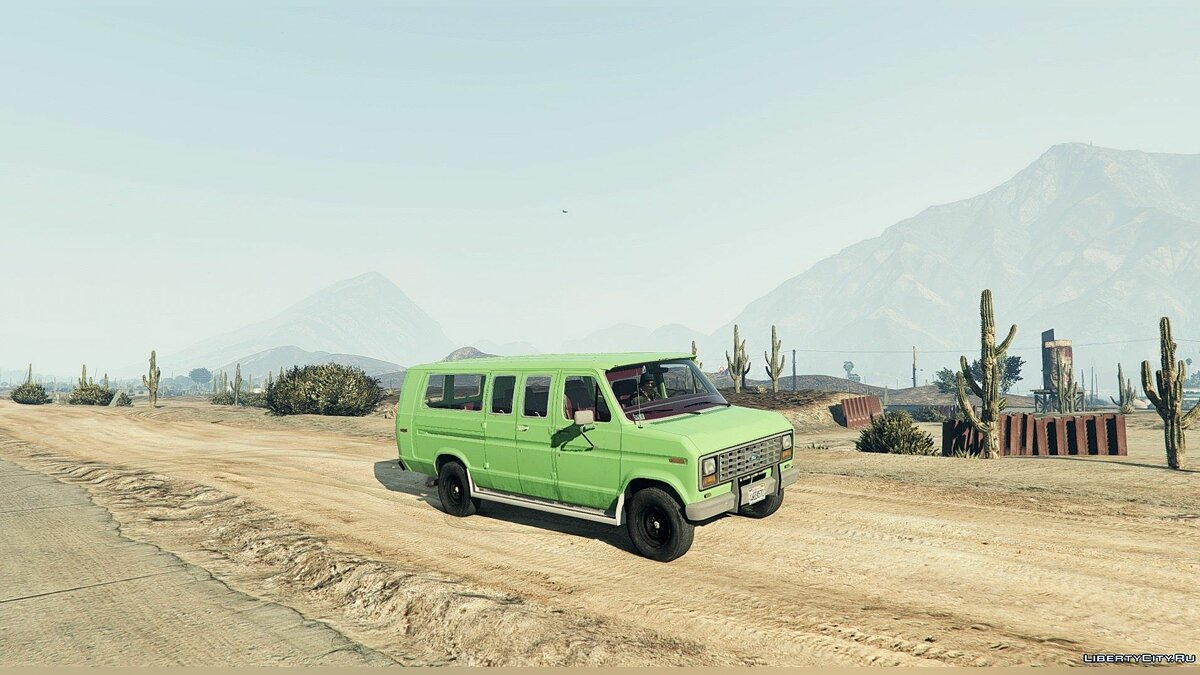 1982 Ford Ecoline Club Wagon E-350 XLT для GTA 5 - скриншот #2