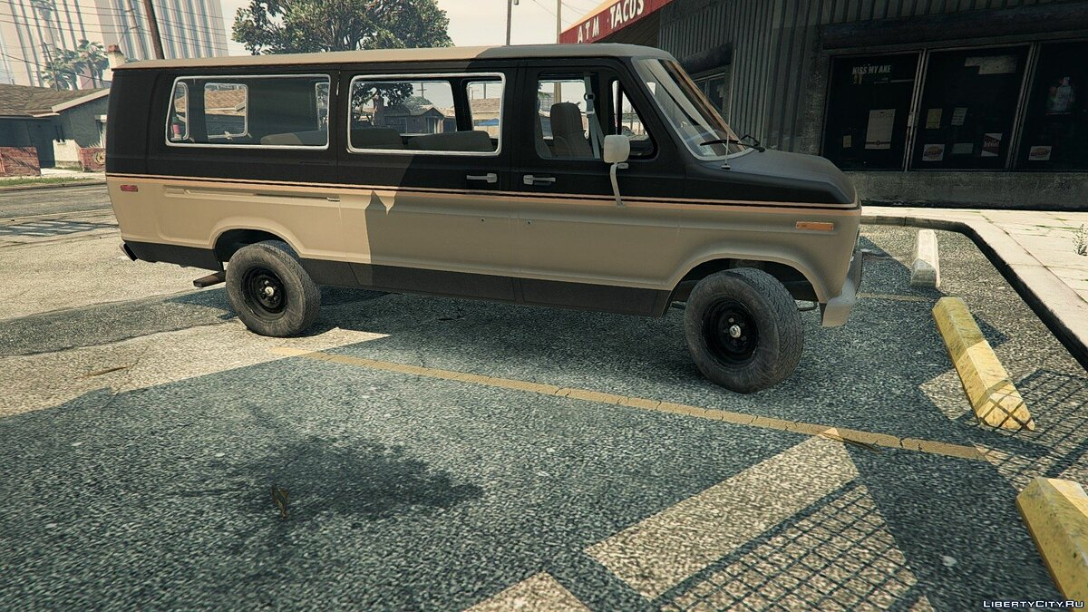 1982 Ford Ecoline Club Wagon E-350 XLT для GTA 5 - скриншот #6