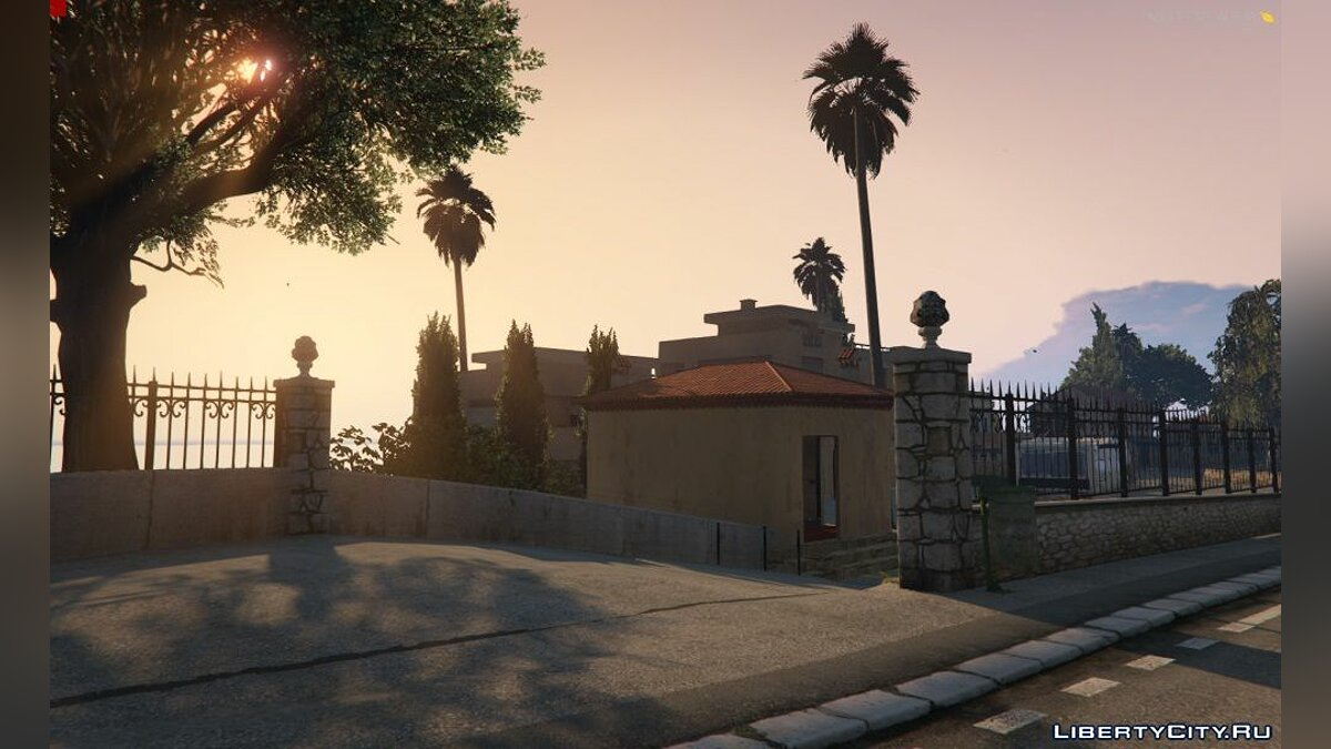Большой мод French Riviera for MultiFive and FiveReborn [ALPHA] для GTA 5
