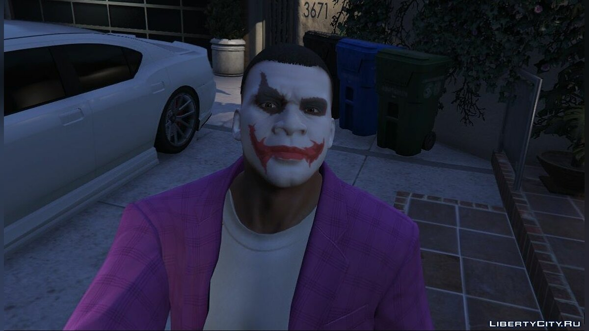 Новая маска Franklin Joker Face 1.0 для GTA 5