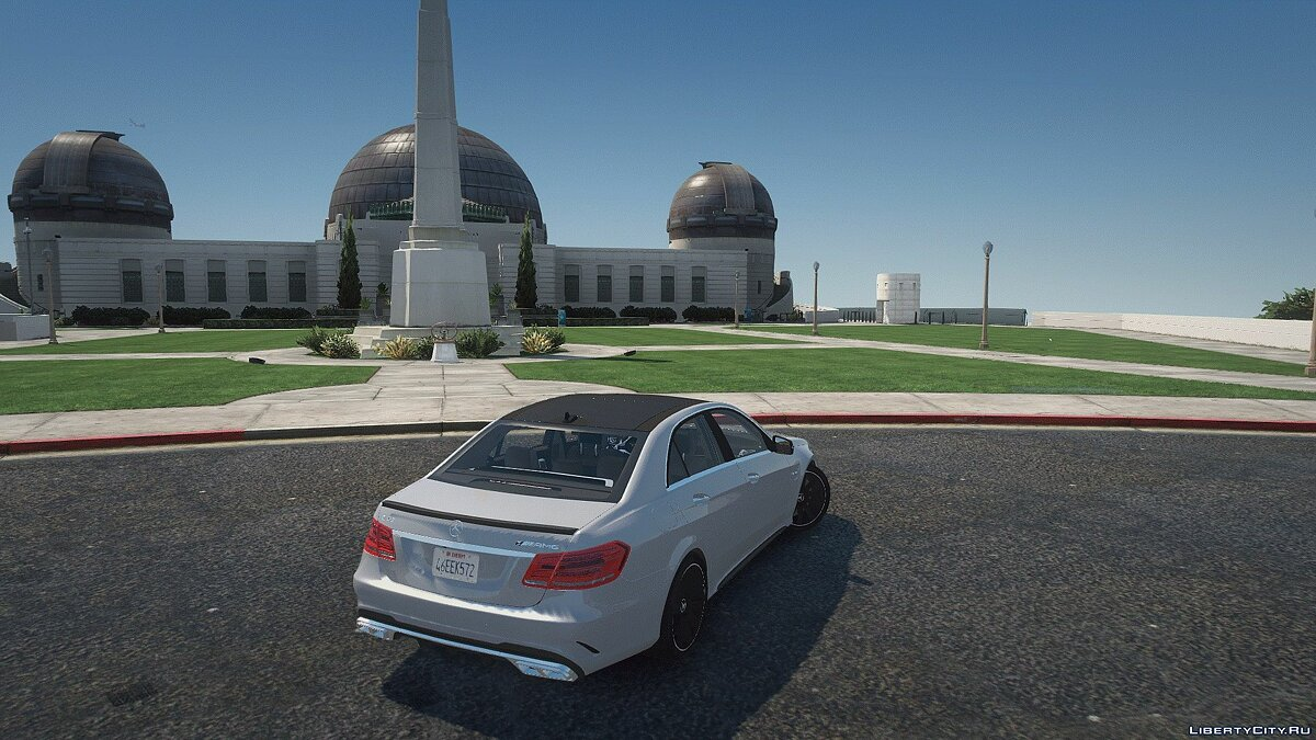 Машина Mercedes-Benz Mercedes-Benz E63 S AMG [Add-On | LODs | Tuning | Sound | Template] 1.0 для GTA 5