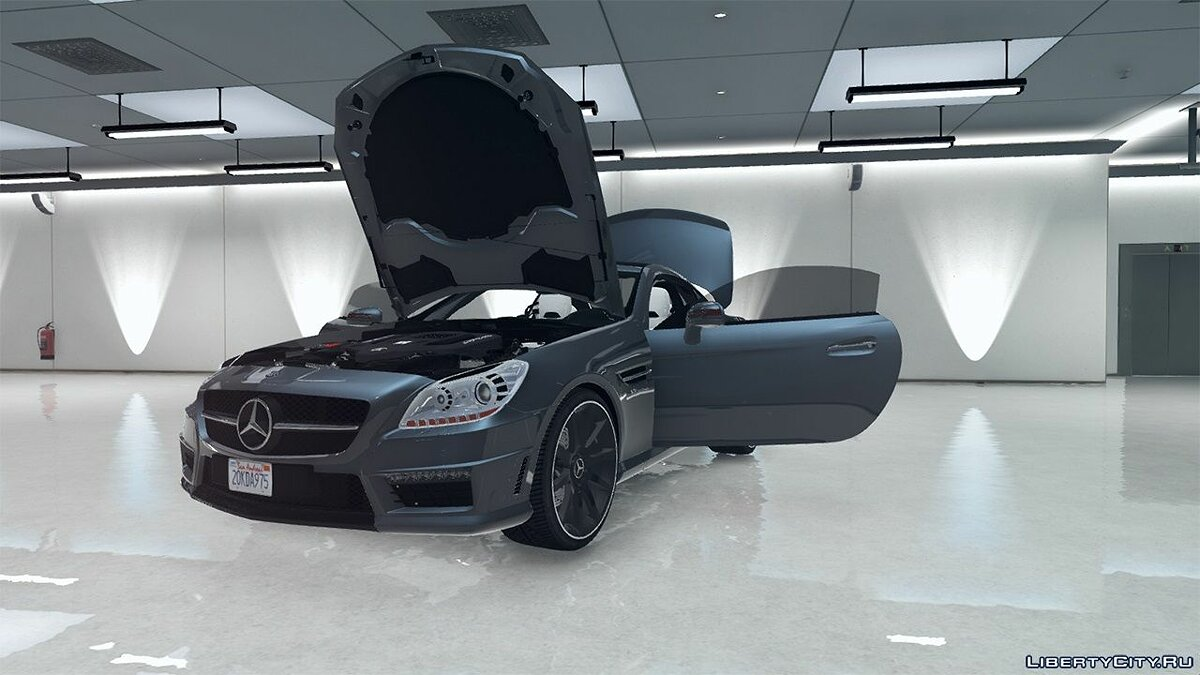 Mercedes-Benz SLK55 AMG [Add-On / Replace] 1.3 для GTA 5 - скриншот #5
