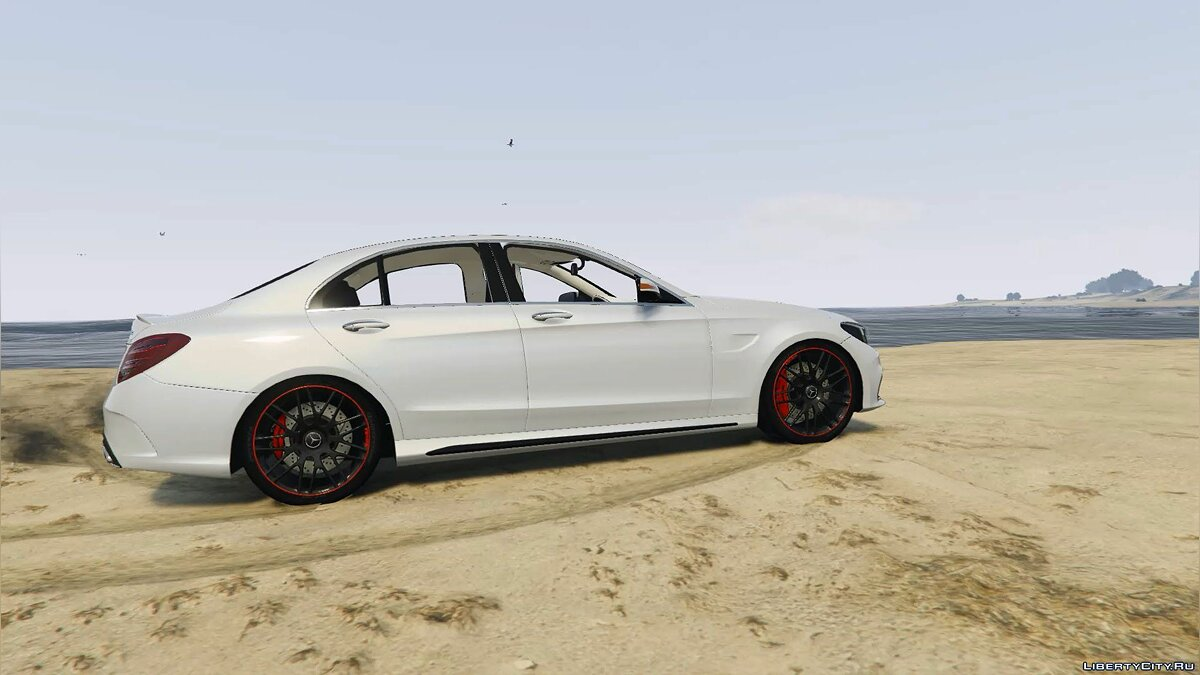 2016 Mercedes-Benz C63 AMG [HQ | Replace] 1.0 для GTA 5 - скриншот #3
