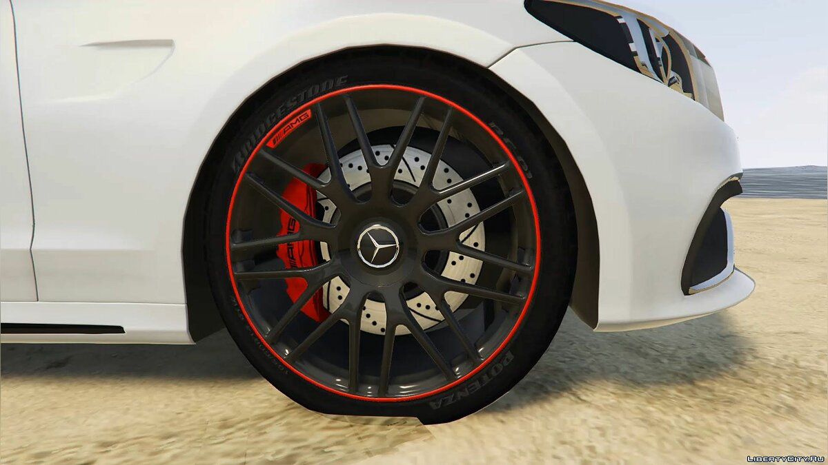 2016 Mercedes-Benz C63 AMG [HQ | Replace] 1.0 для GTA 5 - скриншот #8