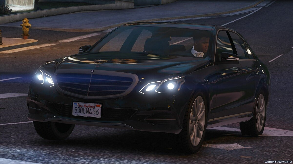 Машина Mercedes-Benz Mercedes-Benz E-Klasse 2014 [Wipers] [Add-On/Replace] [Dials] 2.0 для GTA 5