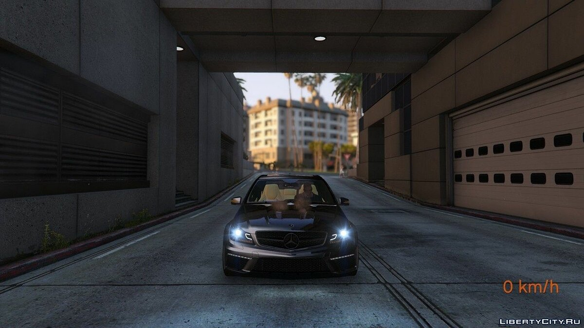 Mercedes-Benz C63 ///AMG 2013 [Add-On] 2.0 для GTA 5 - скриншот #9