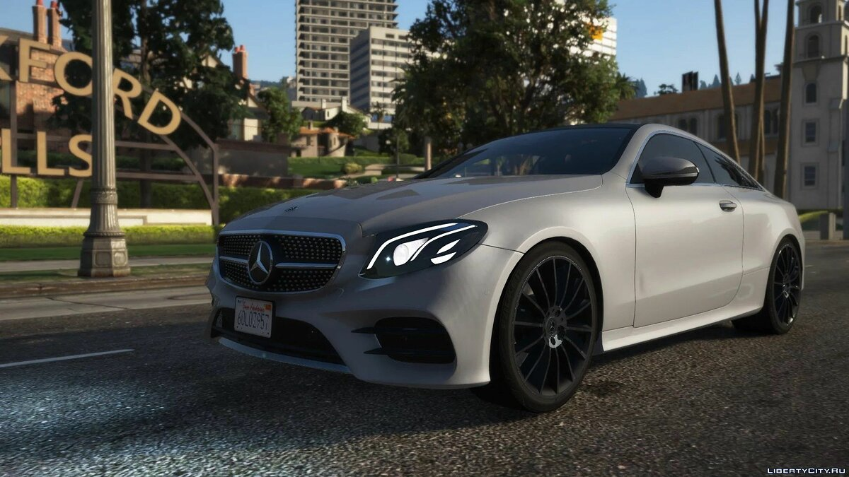 Машина Mercedes-Benz 2019 Mercedes-Benz E400 4matic (C238) [Add-On | Replace] 1.0 для GTA 5