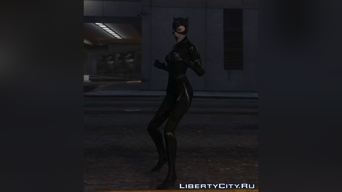 Catwoman - Batman Returns (1992) для GTA 5 - скриншот #6
