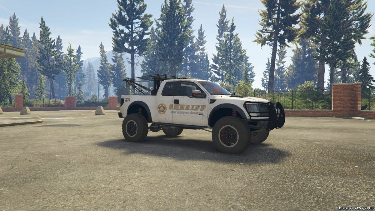 Police Raptor Lifted Towtruck 0.2 для GTA 5