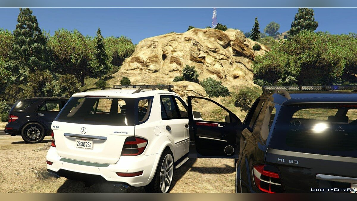 2009 Mercedes-Benz ML63 AMG FBI 2.0 для GTA 5 - скриншот #5