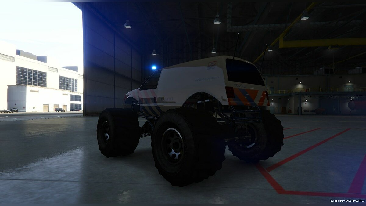 Dutch Monstertruck Police - Nederlandse Monstertruck Politie (Fictief) [ELS] 1.0 для GTA 5 - скриншот #3