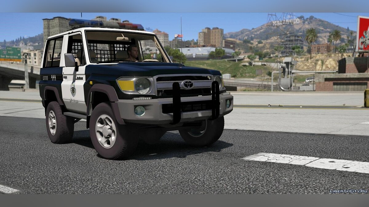 Toyota Land Cruiser Machito Police 2014 [Replace | Livery | Extras] 0.8 для GTA 5 - скриншот #4