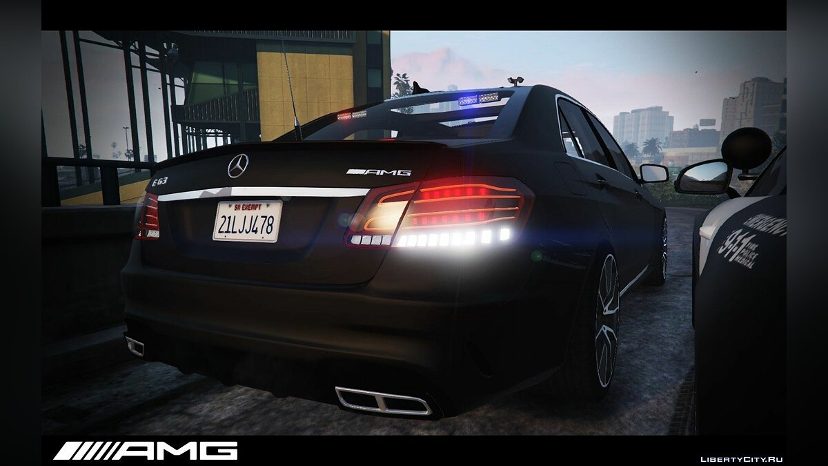 Mercedes-Benz E63 AMG Unmarked Cruiser для GTA 5 - скриншот #2