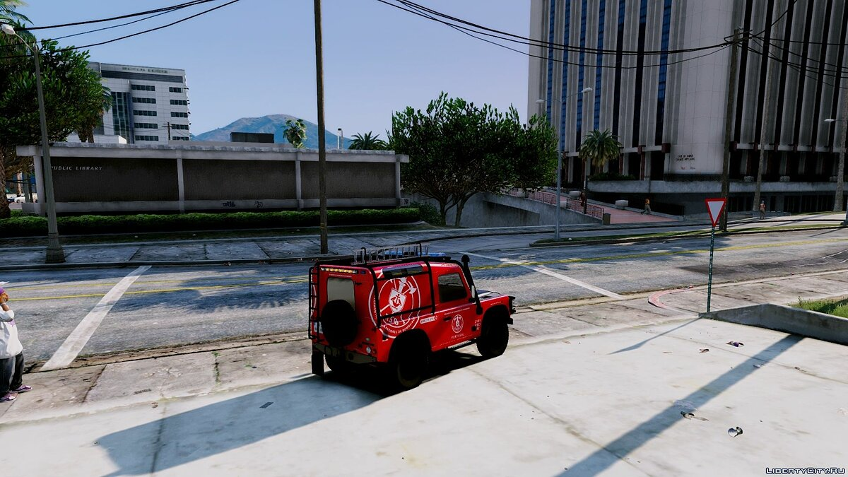 Portuguese Fire Bricade Regiment - VECI - Land Rover Defender [Add-On] 1.0 для GTA 5 - скриншот #3