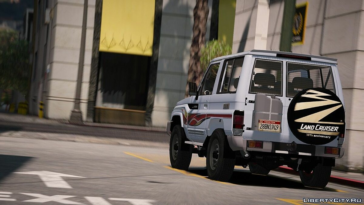 2017 Toyota Land Cruiser V6 Machito [ Add-on / Replace / Extras ] 1.1 для GTA 5 - скриншот #2