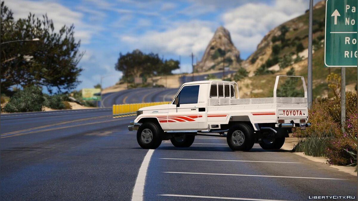 Машина Toyota Toyota Land Cruiser 2006 [ Add-on | Replace] для GTA 5