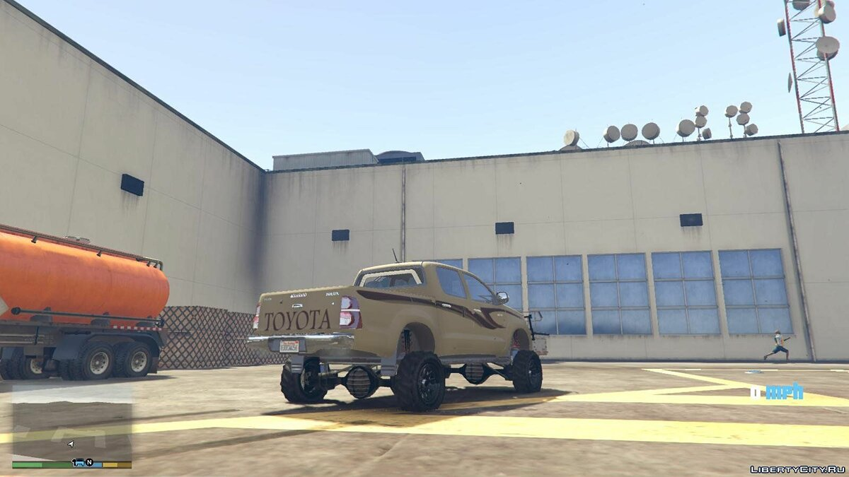 Lifted Toyota Hilux 1.0 для GTA 5 - скриншот #2