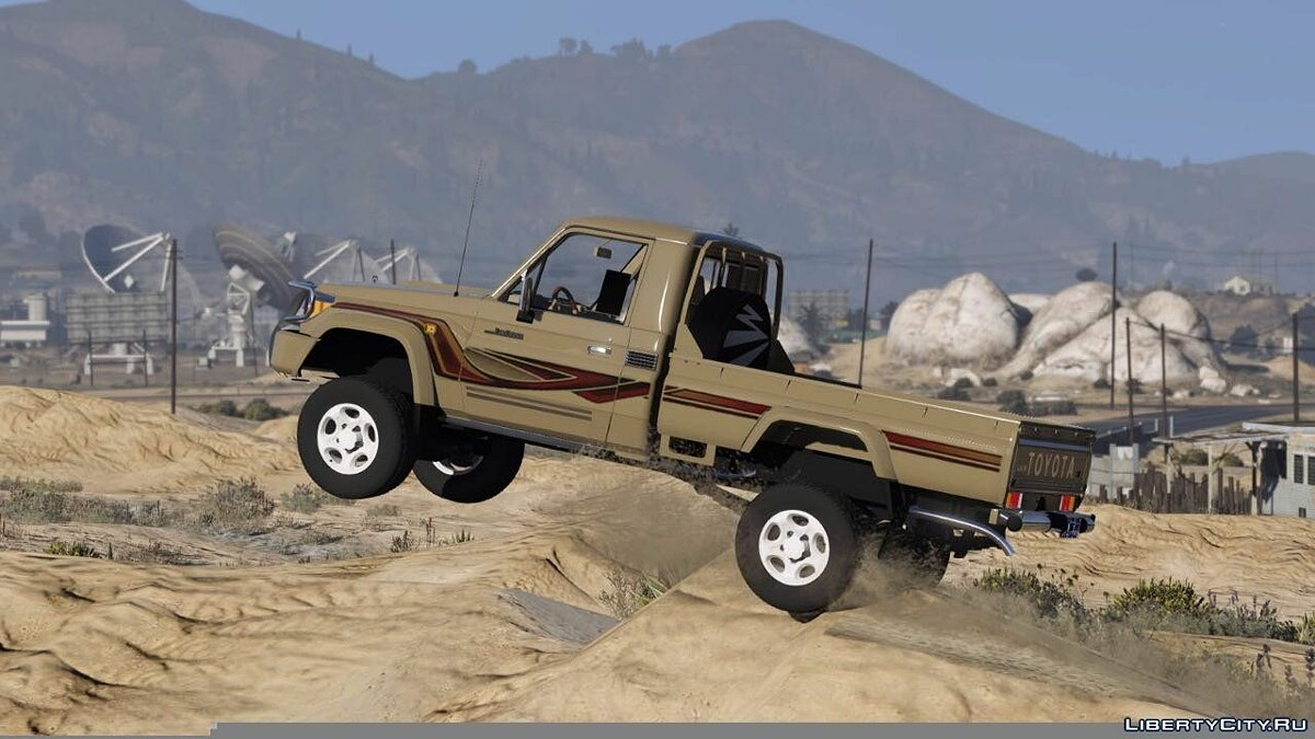 2016 Toyota Land Cruiser Pickup для GTA 5 - скриншот #2