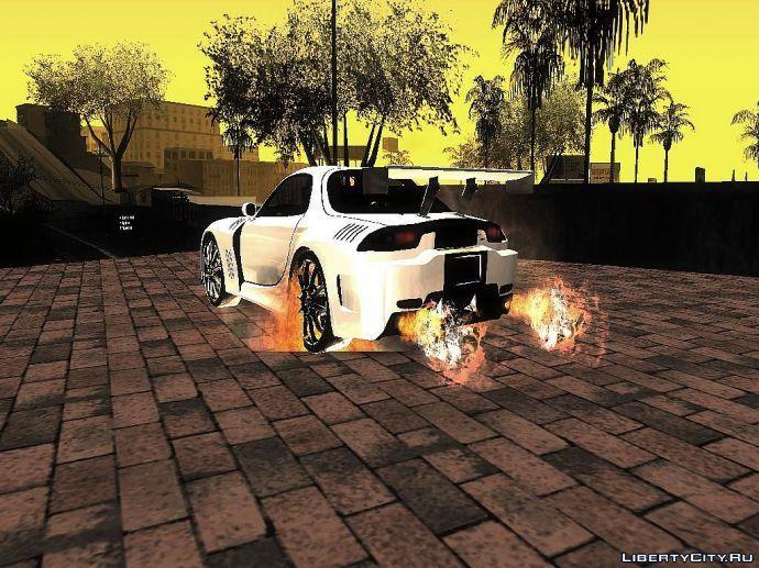 Даже с под колёс огонь валит