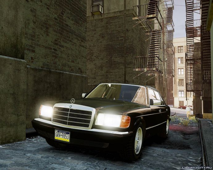 Mercedes Benz W126 560 SEL
