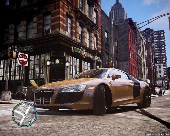 Золотая Audi R8