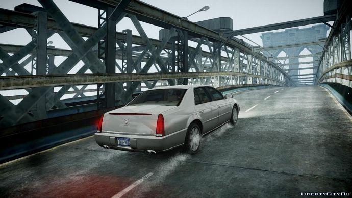 Caddilac на мосту в дождь