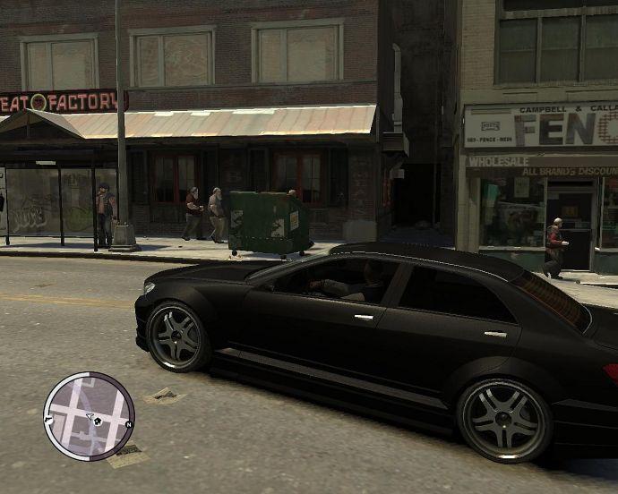 Луис едет по городу